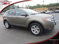This all wheel drive 2014 Ford Edge SEL AWD features a