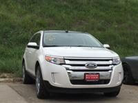 EPA 25 MPG Hwy/18 MPG City! ONLY 18,278 Miles! Sunroof,
