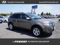 2014 Ford Edge SEL Clean CARFAX. 27/19 Highway/City MPG