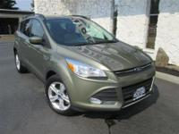 Exterior Color: green, Body: SUV, Engine: 2.0L I4 16V
