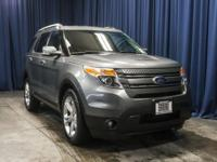 Two Owner 4x4 SUV with Backup Camera!  Options:  Rear