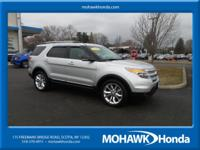 NAVIGATION, LEATHER, SUNROOF, AWD, BLUETOOTH HANDSFREE,