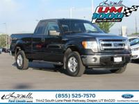 Boasts 21 Highway MPG and 16 City MPG! This Ford F-150