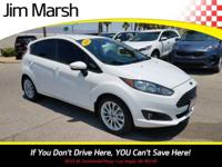 Ford Fiesta SE, 2014 model with a clean Carfax! Well