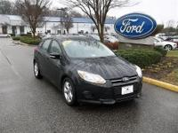 CLEAN CARFAX 1 OWNER VEHICLE 2014 FORD FOCUS SE