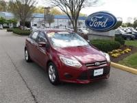 CLEAN CARFAX 1 OWNER VEHICLE2014 FORD FOCUS HATCHBACK