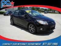 Clean carfax with one owner. This 2014 Focus SE