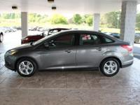 2014 Ford Focus SE!!! Remainder of factory warranty, 1