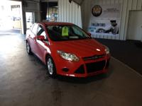 Searching for a clean, well-cared for 2014 Ford Focus