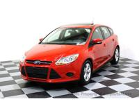 CERTIFIED 2014 FORD FOCUS SE Hatchback with a power