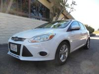 One owner Ford Focus SE Auto, 4 Cyl with 2.0 Liter,
