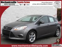 Exterior Color: gray, Body: Hatchback, Engine: 2.0 4