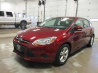 Options:  2014 Ford Focus Se|Ruby Red Tinted