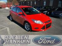 Options:  2014 Ford Focus Se|Race Red/Charcoal Black|V4