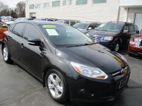 Options:  2014 Ford Focus 4D Hatchback Se Black Rear