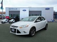 *FORD CERTIFIED* and * NO FEE DEALER*. Focus SE 4D