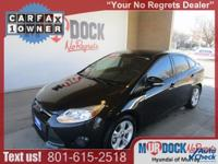 Black 2014 Ford Focus SE FWD 5-Speed Manual 2.0L