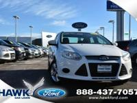 Oxford White 2014 Ford Focus SE FWD 6-Speed Automatic
