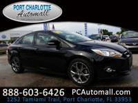2014 Ford Focus SE FWD 5-Speed Manual 2.0L 4-Cylinder