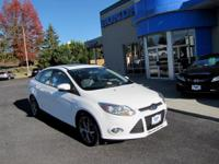 SUPER CLEAN ONE OWNER, ACCIDENT FREE CARFAX, SUNROOF,