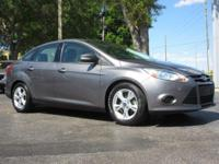 CARFAX One-Owner.2014 Ford Focus SE 2.0L 4-Cylinder DGI