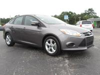 Gray 2014 Ford Focus SE FWD 6-Speed Automatic with