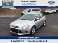 This front wheel drive used 2014 Ford Focus SE features