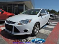 This Ford Focus has a dependable Regular Unleaded I-4