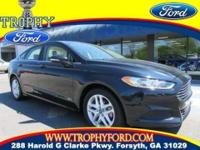Power Moon Roof, Sync with MyFord, Sirius Radio...Any