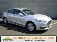 2014 Ford Fusion Hybrid SE Ingot Silver Metallic,
