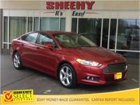 2014 Ford Fusion SE CARFAX One-Owner. Steering Wheel