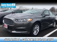 2014 Ford Fusion SE CLEAN CARFAX ONE OWNER, AUTOMATIC,