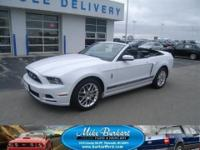 *ONLY 11,646 MILES, PONY PACKAGE, 2014 FORD MUSTANG