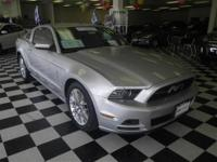 CLEAN CARFAX * ONE OWNER * NO ACCIDENTS * V6 PREMIUM