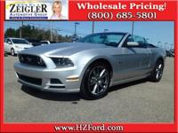 5.0L V8 - Convertible Roof - Heated Seats - Navigation