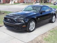 2014 Ford Mustang Automatic v6 Premium only has 3k