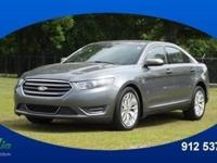 2014 Ford Taurus Limited lets you cart everyone and