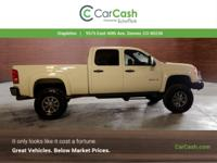 This GMC Sierra 2500HD boasts a Gas/Ethanol V8 6.0L/366