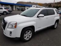Scores 32 Highway MPG and 22 City MPG! This GMC Terrain