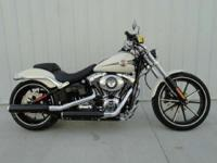 Motorcycles Softail 7365 PSN. the enormous 240