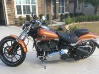 2014 Harley Davidson FXSBSE CVO Breakout. 2014 Harley