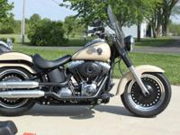 ,,,,Engine Size (cc):1,690Mileage:690This bike has ABS,