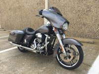 2014 HARLEY DAVIDSON FLHXS STREET GLIDE SPECIAL. This