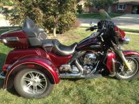 2014 Harley Davidson Tri-Glide with 2845 Miles...
