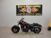 "ONLY 4,787 Miles 1687/103 Twin Cam 6 Speed 27.2"" Seat"