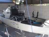 Includes, Turbo mirage drive, Hobie Paddle, Live well,