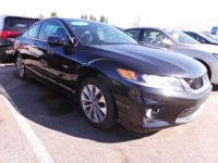 Come see this 2014 Honda Accord Coupe EX-L. Its