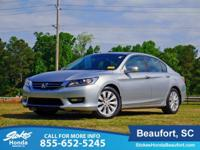 CARFAX One-Owner. Clean CARFAX. Alabaster Silver