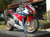 2014 Honda CBR1000RR SP (CBR10RS) 1 000$ OFF M.S.R.P! -