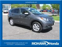 SUNROOF, AWD, BLUETOOTH HANDSFREE, ONE OWNER, CLEAN